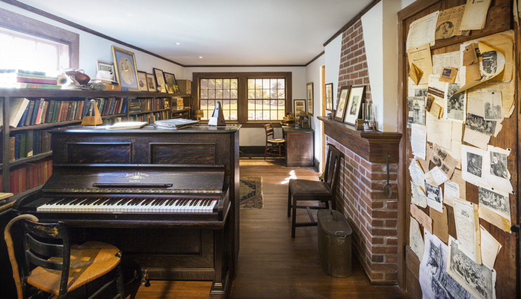 View of the recreated Charles Ives Studio in the Academy's galleries. (Photograph by Martin Solarte)